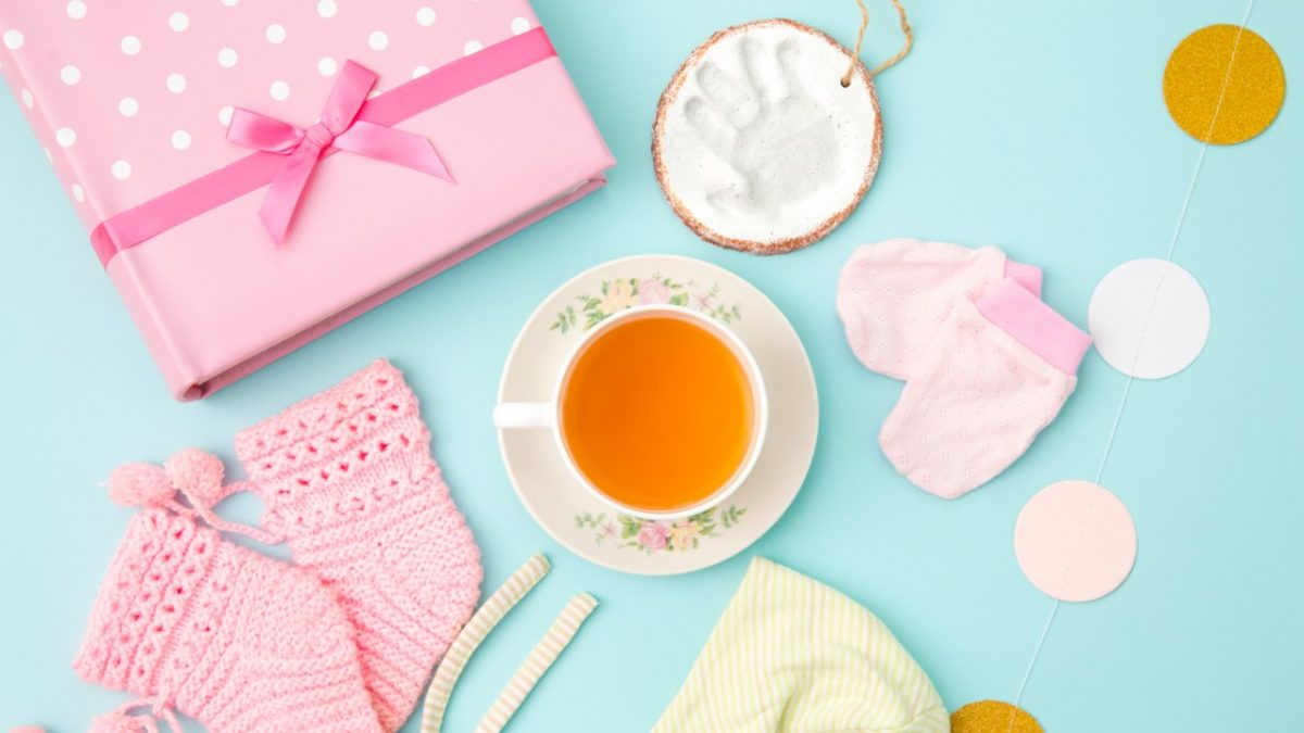 Struggling with Breastfeeding? These Lactation Teas Could Help